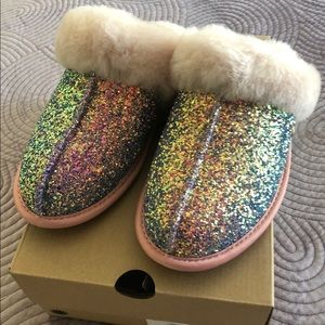 Ugg slippers size 7
